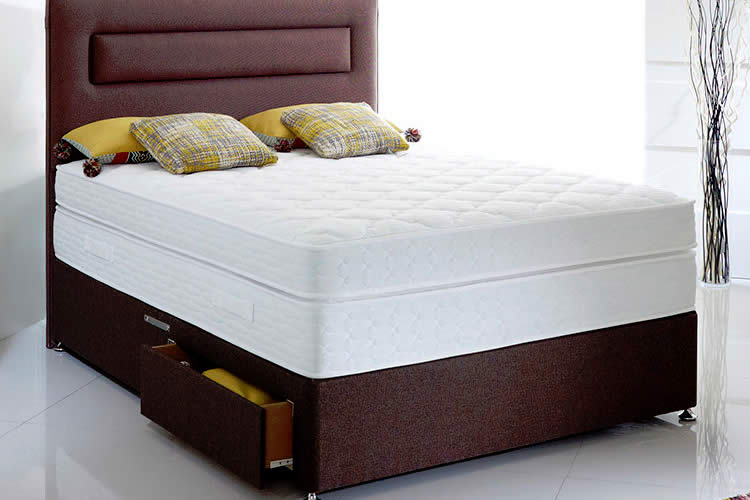 Comfort King Mattress - Image appears courtesy of Highgrove Beds
